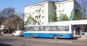 autobuz in trafic