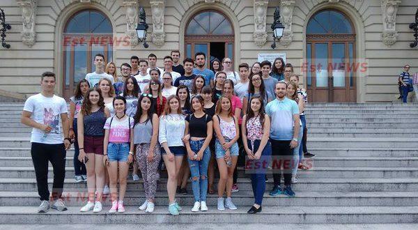Subiecte Simulare Clasa A 7a Romana 2019 News: Cazare și Masă Gratuite, La Iași, Pentru Elevii Din Judet